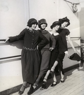1920s, black and white and flappers