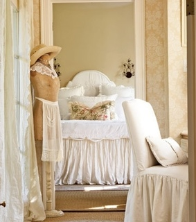 bed, bedroom and beds