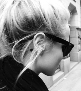 black and white, blonde and fashion
