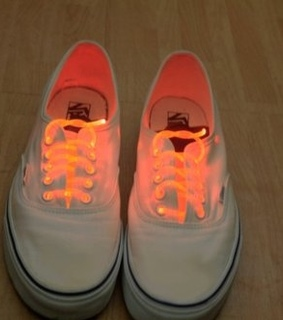 glow, glow in the dark and laces