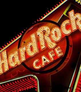 hard rock cafe, light and red