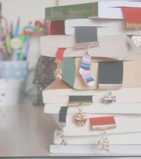 aseriesofserendipity, bookmark and books