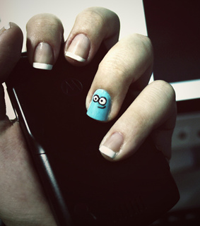 bloo, blue and nails
