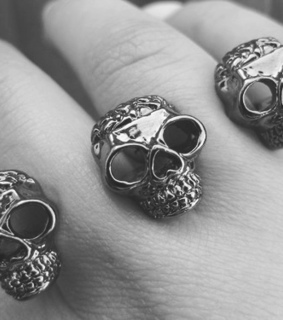fingers, hand and rings