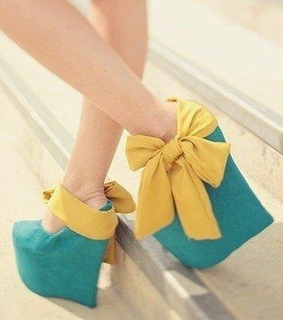 blue heels, cool and cute