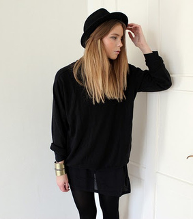 black clothes, blogger and blonde