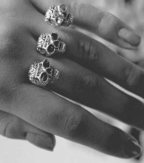 b&w, black and white and double ring