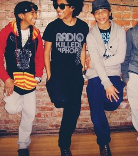 cute, mindless behavior and photography