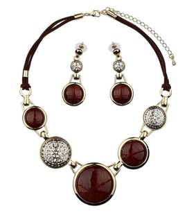 bead, bead jewelry set and bead necklace and earrings set