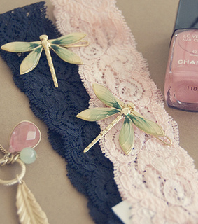 chanel, dragonfly and girly