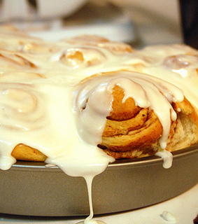 bake, cinnabon and craving