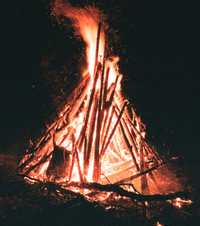 bonfire, camp and fire
