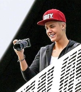 believe tour, believe tour gif and biebs