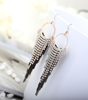 angle earrings, beauty and chic