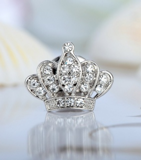 brooch, chic and crown