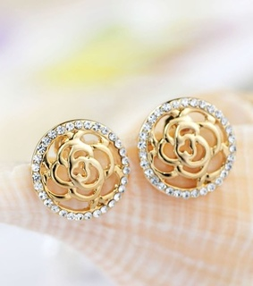button stud earrings, chic and fashion