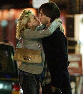 jared leto, kisses and perfect couple