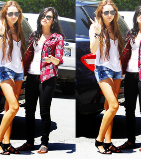 candids, demi lovato and diley