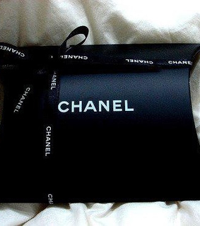 chanel, gift and glamour