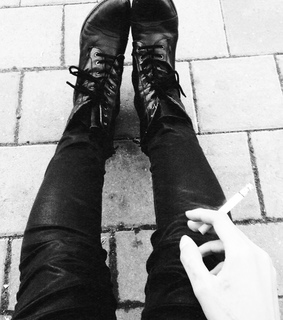 b&w, boot and coturno