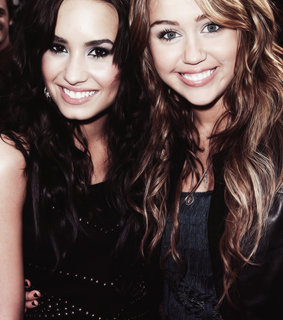 demi lovato, diley and lovatic