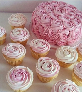 cupcakes, flowers and glitter