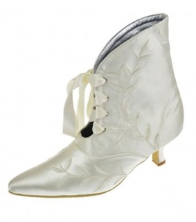 applique, satin and pointed toe
