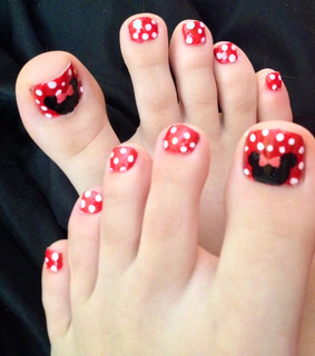 disney, minnie mouse and nail art