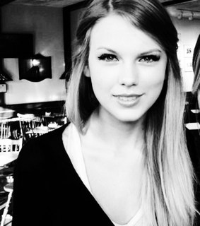 taylor alison swift and taylor swift