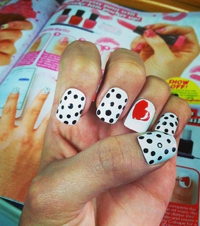 heart, manicure and nail art