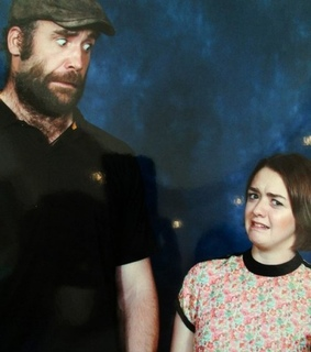 the hound, maisie williams and arya stark