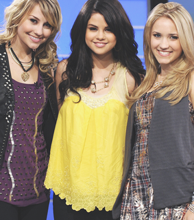 emily osment and selena gomez