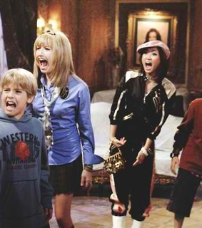 ashley tisdale, brenda song and childhood
