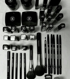 blush, brushes and chanel