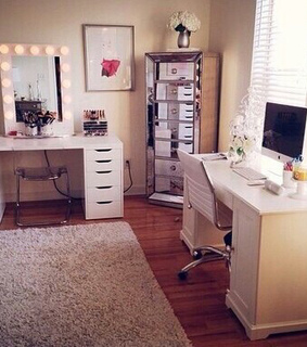room and jaclyn hill