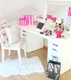 dressing table, home decorating and interior design