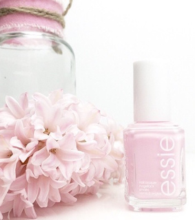 color, essie and flowers
