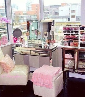 beauty, bedrooms and dream closet