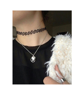 accesorie, bijoux and black and white