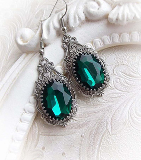 gothic jewelry, dangling earrings and gothic jewellery