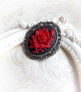 gift for her, gothic accessories and gothic jewelry