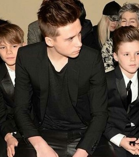 beckham, brooklyn and chicos
