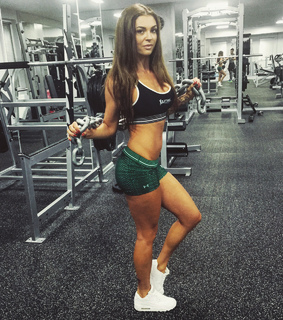 abs, brunettes and diet
