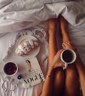 bed, coffee and drink