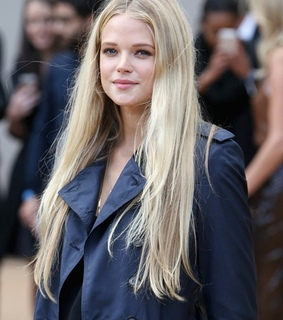 actress, beauty and blond hair