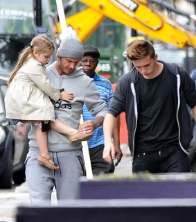 david beckham, brooklyn beckham and harper beckham