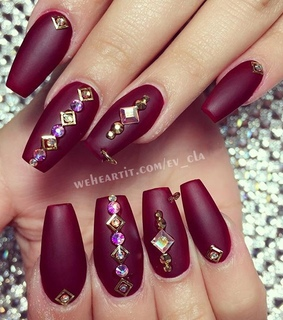 accessories, beauty and burgundy