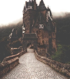 atmospheric, beautiful and castle