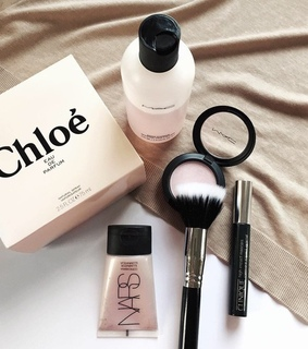 beauty, chloe and clinique