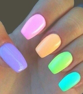 chic, colorful nails and fun
